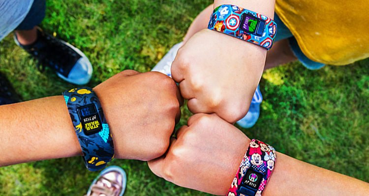 6 Best Fitbit For Kids and Teenagers – A Worth Reading Guide (May 2020)